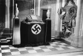 nazi-altar